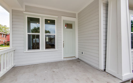 Halifx-A-Front-Porch-Entry-1825-Hubbard-St.-TerraWise-Homes.jpg